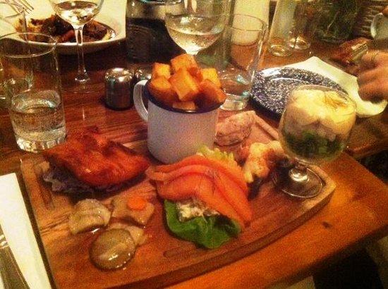 Pat Cohan's Bar: Seafood