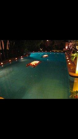 Sienna Villas: Sienna main villa pool