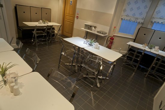 MStay Russell Court Hotel: breakfast room