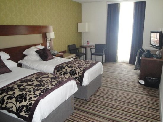 Ramada Plaza Liege City Center: Very spacious bedroom