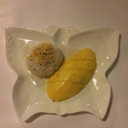 Rachamankha: Mango Sticky Rice
