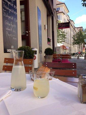 Mayers Bar & Restaurant: Perfekt