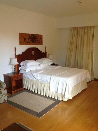 Quintinha Sao Joao: room
