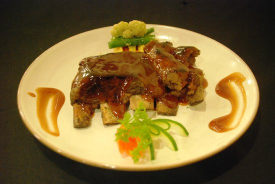 The Heritage Kitchen and Gallery: The Heritage's Grilled Pork Ribs
