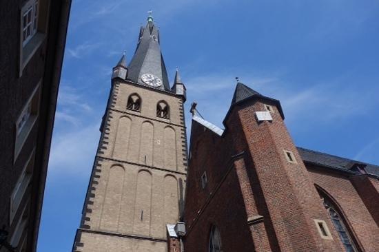 St. Lambertus Church: sneaky exterior
