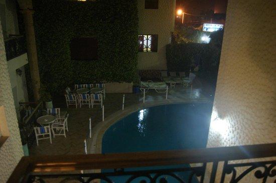 Al Jasira Hotel : Вид из номера.
