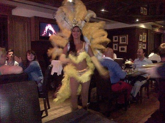 Fogueira Restaurant & Lounge : Braziian Dancer