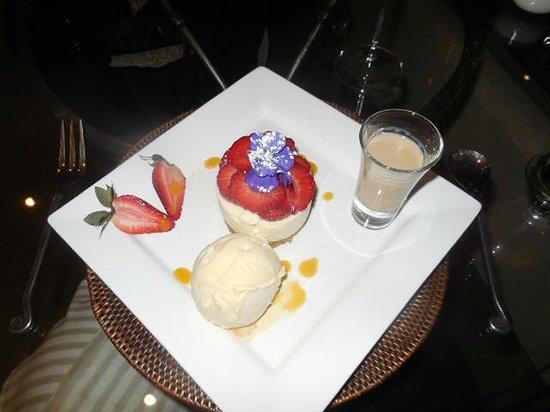 Delamore Lodge: A wonderful home made dessert.