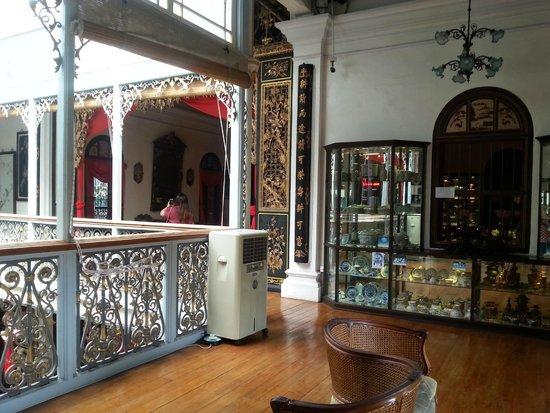Museo Pinang Peranakan: Upstairs area @peranakan mansion Penang