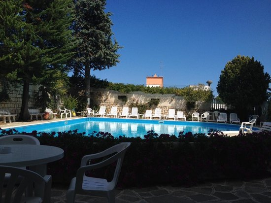 Hotel K2 Numana: piscina