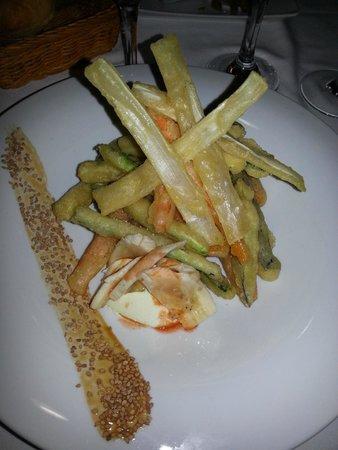 Zarautz Taberna Vasca: tempura di verdure con salsa piccante