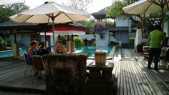 Balisani Padma : Piscina / zona colazione ristorante