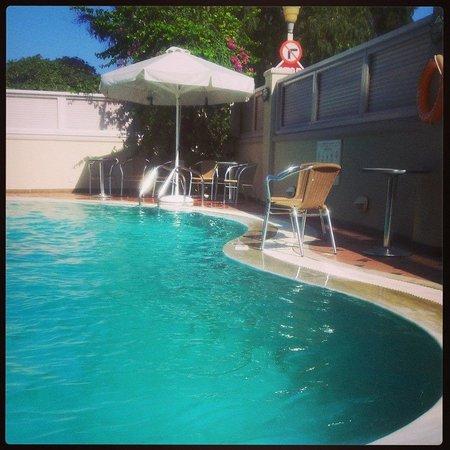 Hotel Mediterranean: The swimming pool