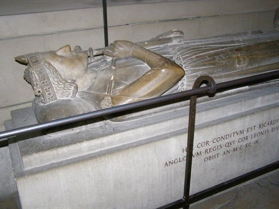 Cathédrale Notre-Dame de Rouen : Richard the Lion Hearted's actual heart was interred here