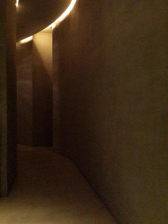 Design Hotel Neruda: Коридор
