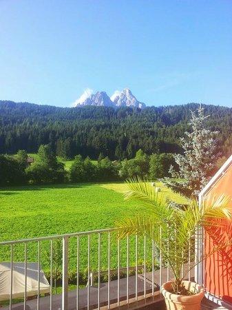 Helmhotel: Vista montagne da camera