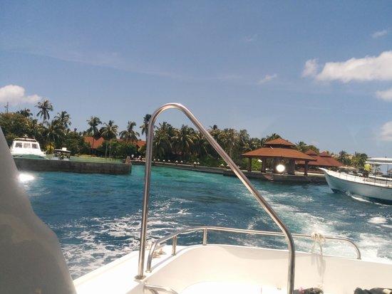 Kurumba Maldives: outside