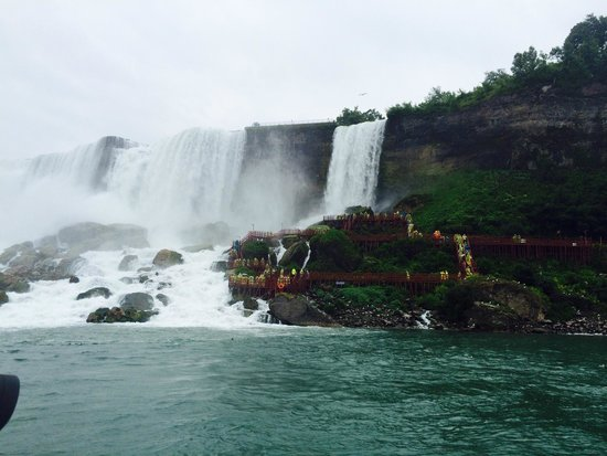 Rodeway Inn Fallsview : The falls from the Canadian side