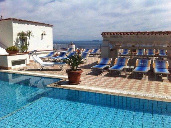 Hotel Villa D'Orta: pool