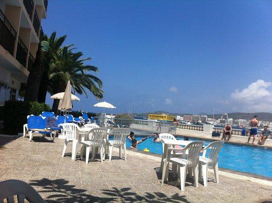 Hotel Club San Remo : San Remo Swimming Pool
