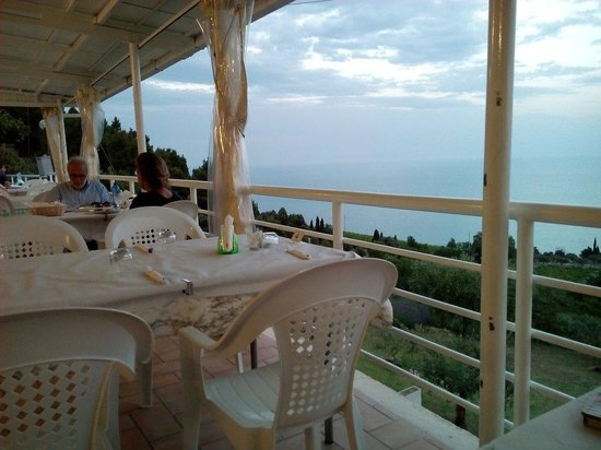 Bar Belvedere : Scorcio veranda