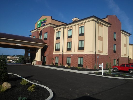 Holiday Inn Express & Suites Greensburg: HIE on Blair in Greensburg