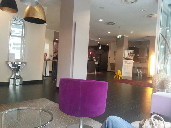 Leonardo Hotel Berlin: Hall