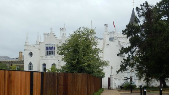 Strawberry Hill House: The house in the rain