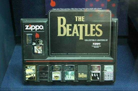 Zippo / Case Museum: Beatles lighters