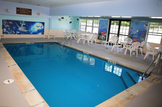 Comfort Inn Plymouth: Our pool area fun for the entire family