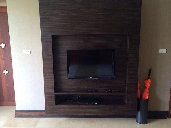 Pawanthorn Samui: #P1. TV und Eingang