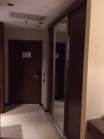 Amari Doha Qatar: #905 Flur