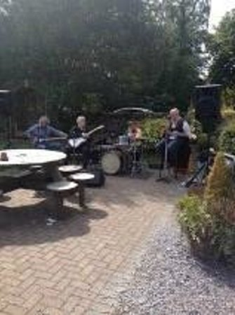 The Farmers arms: Bank Holiday Weekend 2