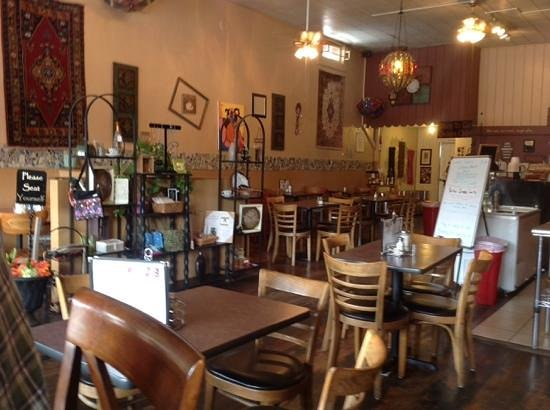 Bedoian's Bakery & Bistro: A fun place to eat a fresh salad or sandwich