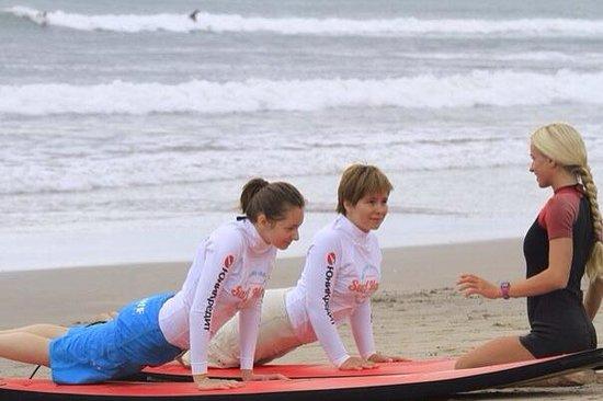 Pro Surf School Bali: Занятия со Светой, одним из самых лучших инструктором