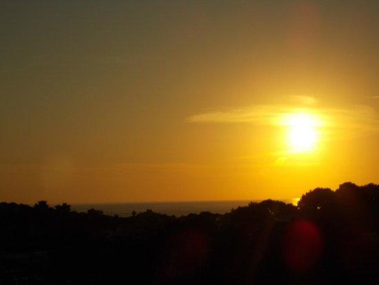 Monteverde Hotel: sun rise