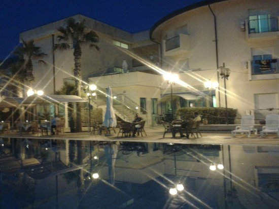 Hotel Sirenetta : zona piscina