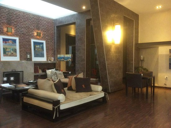 Azur Real Hotel Boutique: Common area