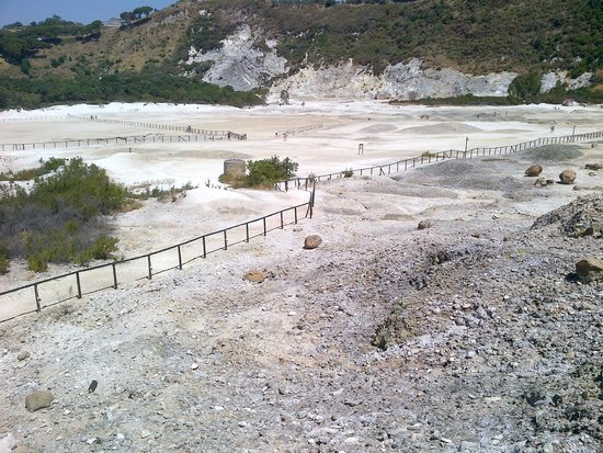 Vulcano Solfatara: Solfatara general view