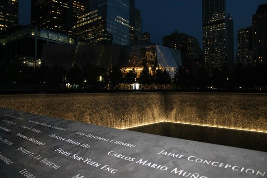Free Tours by Foot : 9/11 Memorial