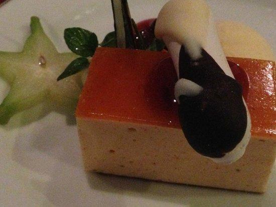 Mahaweli Reach Hotel: Dessert
