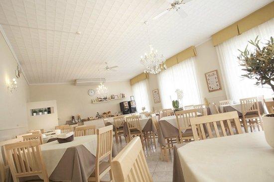 Hotel Villa Perazzini: Sala da pranzo