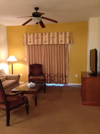Lake Buena Vista Resort Village & Spa: Apt 3405 Living area