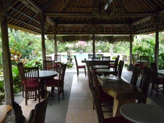 Ubud Inn : THe restaurant