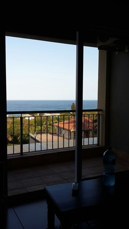 Umthunzi Hotel & Conference: Sea view from the bed in the honeymoon suite