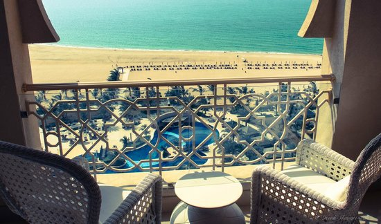 Waldorf Astoria Ras Al Khaimah : morning view, executive suite upper floor north side