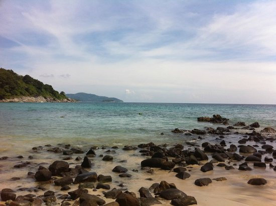 Le Meridien Phuket Beach Resort: View from the secluded private beach
