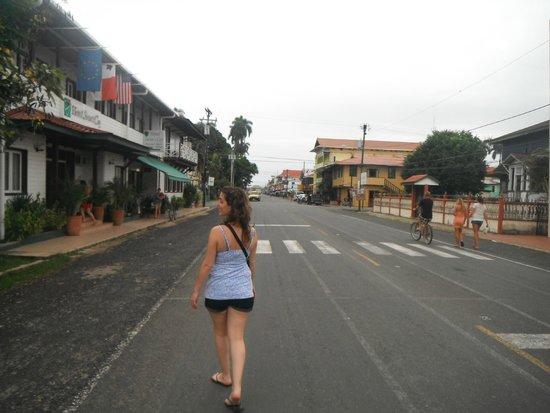 Hotel Angela : Avenida Principal de Bocas