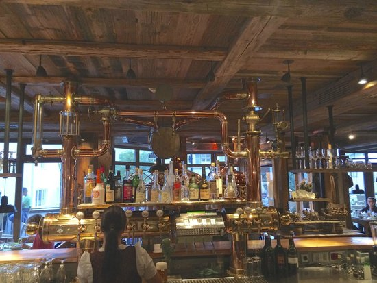 Hotel Maximilian: the bar