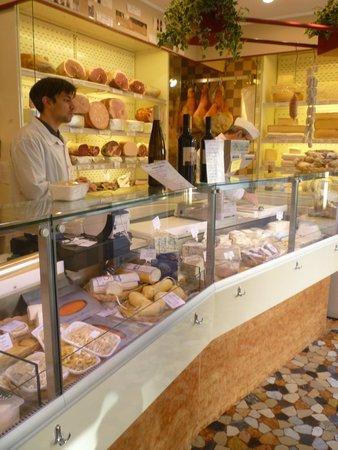 Aliani Casa del Parmigiano